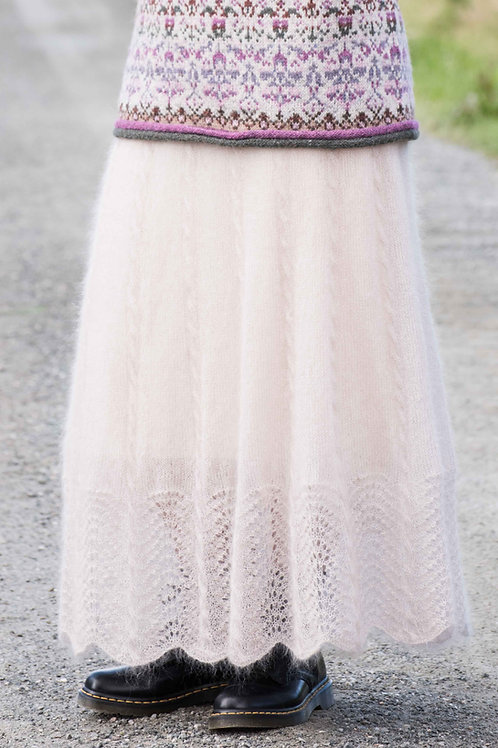 Huldra - long skirt with cables and lace pattern