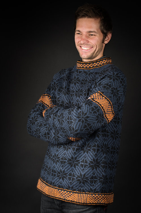 English Pattern Hillesvåg, GEMINI - Men`s sweater with a graphical pattern