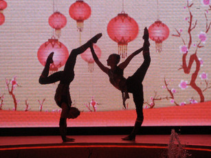 ORIENTAL ACROBATIC STAGE SHOW