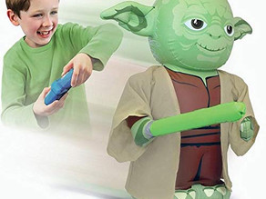The internet went crazy for Animatronic Baby Yoda, and it's finally back on Amazon
