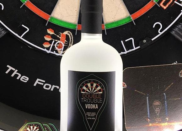 Drei-Flaschen-Packung für Deutschland Double Trouble Vodka 50cl & Flights