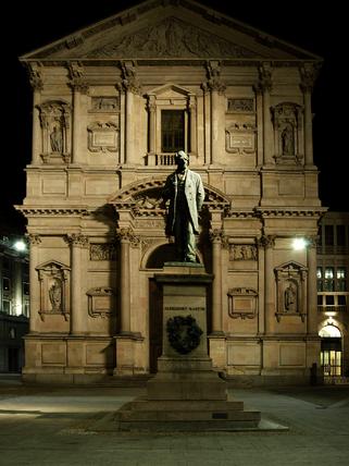 Monumento ad A.Manzoni