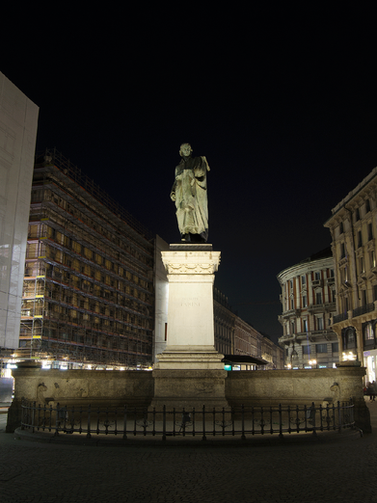 Monumento a G.Parini