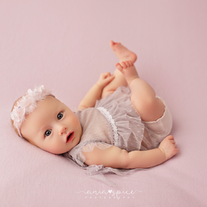 Tahlia's newborn session