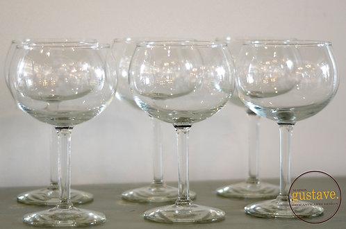 6 coupes à vin en verre