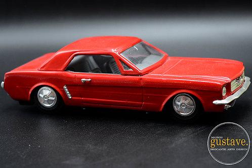 Luxe car - Jouet de métal Olympia MF 349