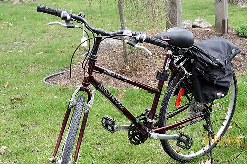 Vélo Gran Sport Raleigh avec accessoires