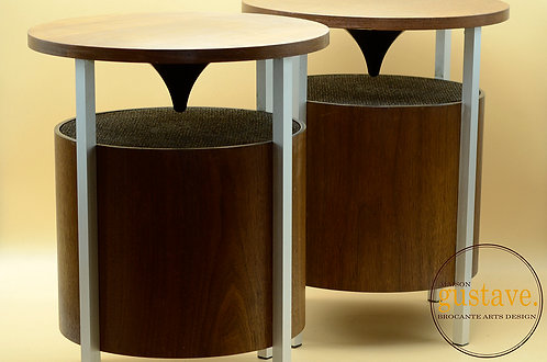 Duo de tables en teck avec haut-parleurs intégrés Lloyd's