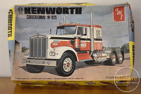 VENDU* AMT Kenworth  conventional W-925