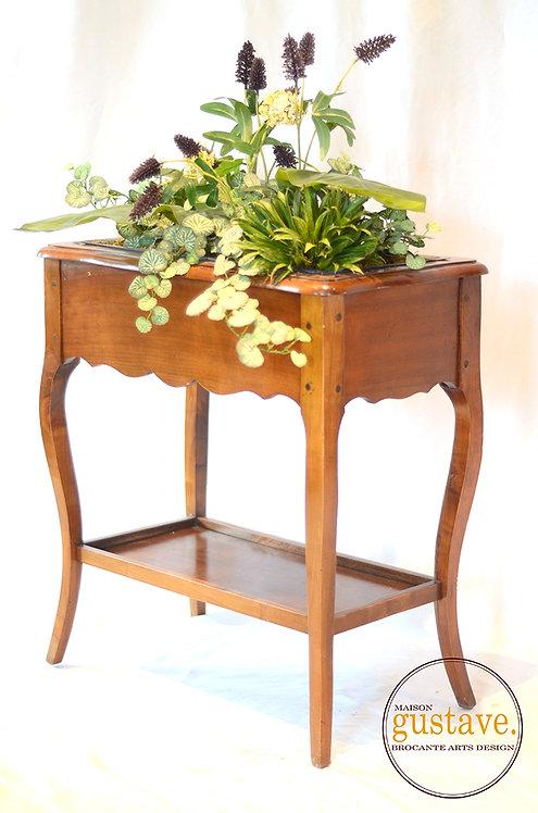 Table de bois / jardinière de plantes artificielles