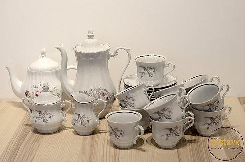 Wakbrzych: ensemble à thé pour 12 !