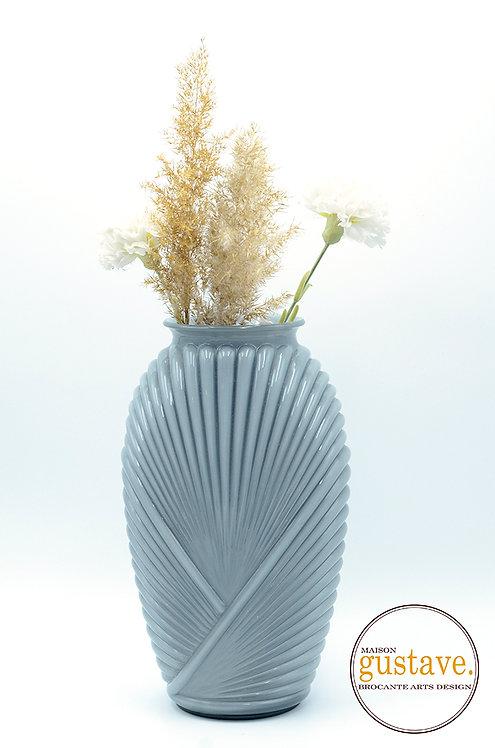 Vase en verre bleu-gris 80's