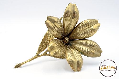 Fleur en laiton MCM 6 pétales cendrier
