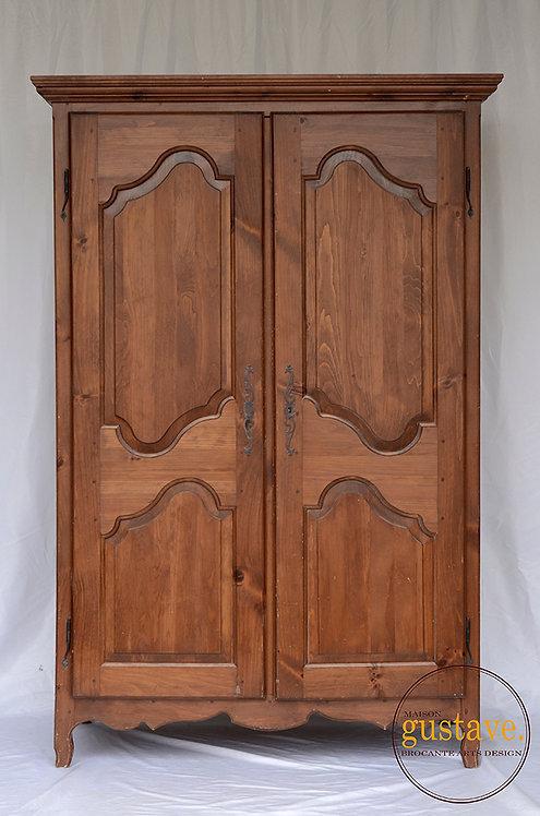 Grande armoire en bois