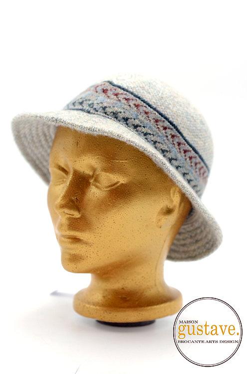 """Chapeau de laine 8"""""""