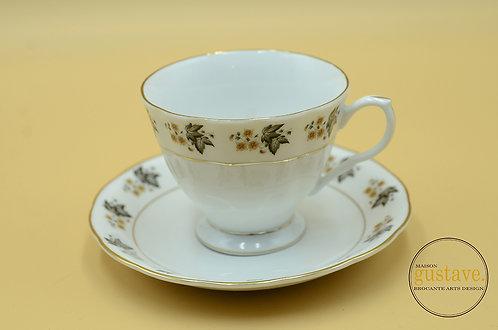 Tasse de porcelaine chinoise