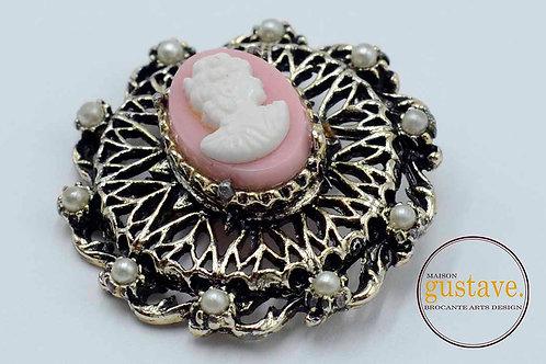 Broche camée en métal bijou vintage