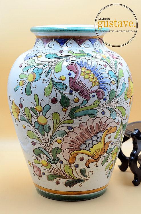 Grand vase mid century, faïence italienne sur socle en bois