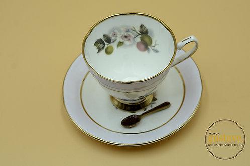 Tasse de porcelaine Stratford