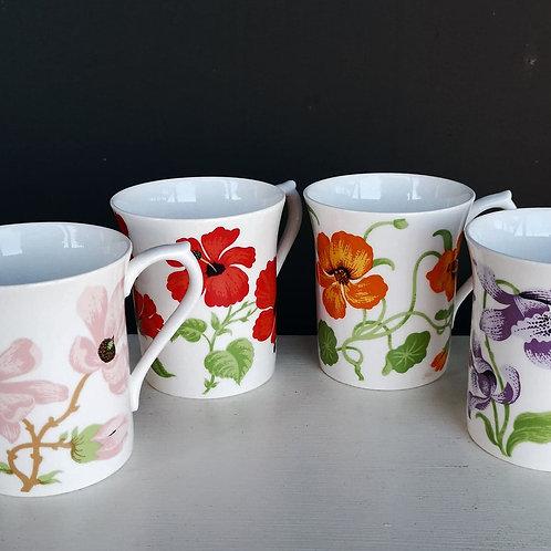 Ensemble de 4 tasses Queen's d'Angleterre