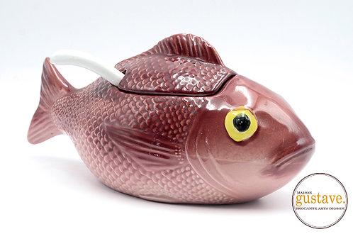 Soupière de céramique en forme de poisson