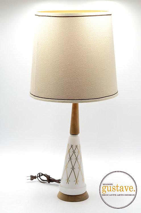 Lampe de table MCM en bois et milkglass