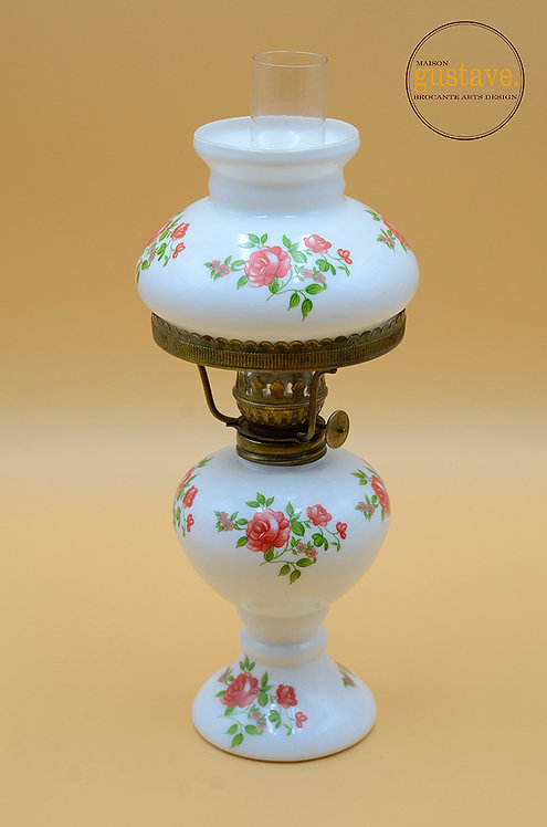Petite lampe à l'huile en milkglass