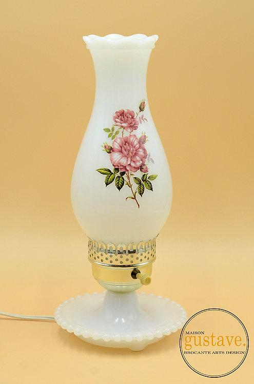 Lampe de table électrique en verre de lait