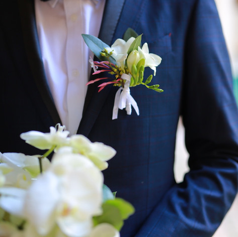 Elopement in a Marrakech medina riad with florals by Le Kiosque à Fleurs Marrakech   Catherine Villier  Photos provided by client.
