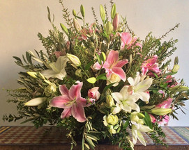 Large classic pink and white bouquet