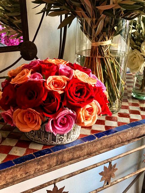 Demi-boule de roses multicolores T