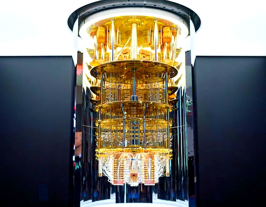 Explosives! Combination of Quantum Computers and Artificial Intelligence