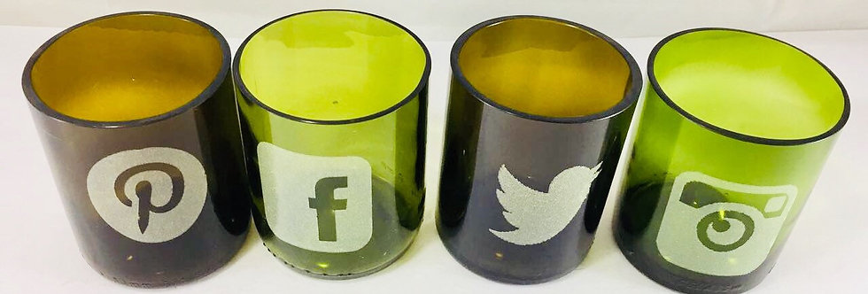 Social Media Icons Engraving on Recycled tumblers + Engrave your name : PERFECT