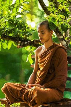 Möbch_in_Meditation.jpg