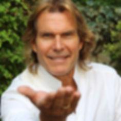Pere Pacuet, España, Foro Internacional de Angeologia, Angelologo
