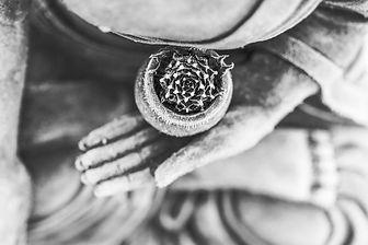 buddha-1287228_1920_edited.jpg