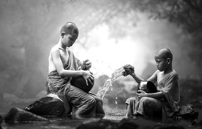 buddhist-1793421_1920_edited.jpg