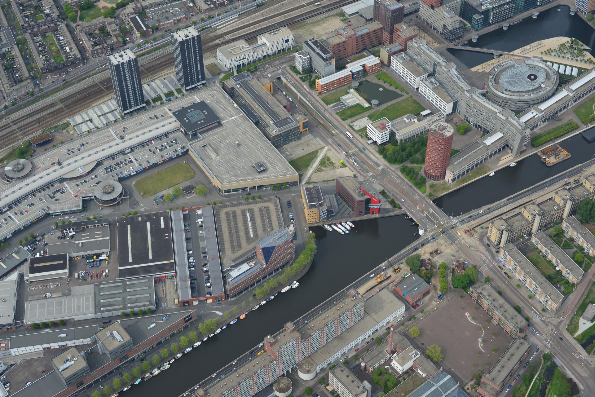 Luchtfoto Leeghwaterplein.jpg