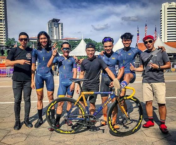 Team YBC takes on Kuala Lumpur Criterium 2019