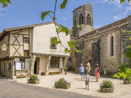 Charroux en bourbonnais, l'un des plus beaux villages de France