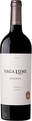 Weinflasche mit Etikette von Winehouse Vaga Lume Portugal