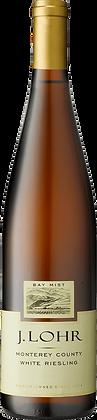 Weinflasche mit Etikette Bay Mist White Riesling, Frontansicht,