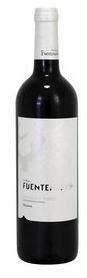 Weinflasche Rotwein, weisse Etikette mit silbener Schrift,