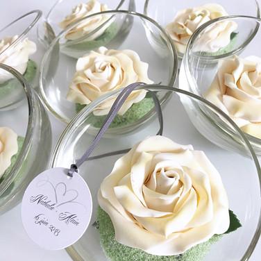 Rose Ferrero Rocher
