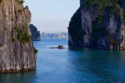 Indochina - island passage houseboat