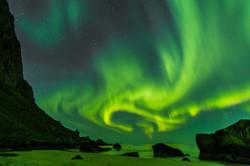 aurora dancing over Uttakleiv