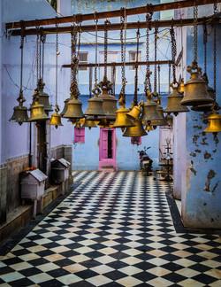 temple walkway & bells, Bateshwar