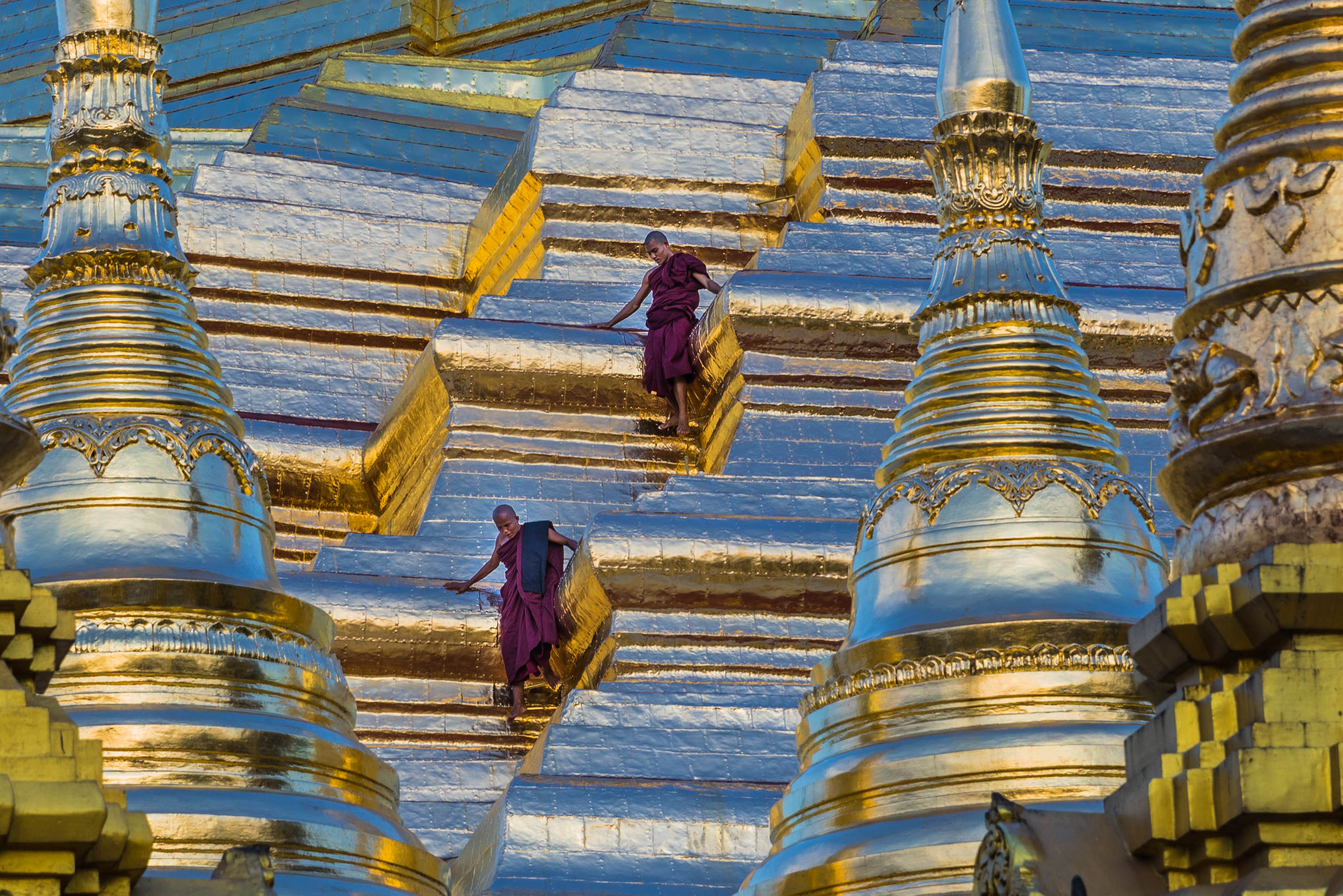 descending Shwedagon