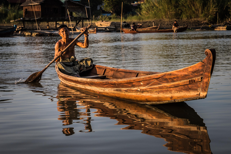 Ayeyarwady longboat