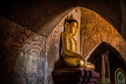 Buddha statue, Sulamani Temple
